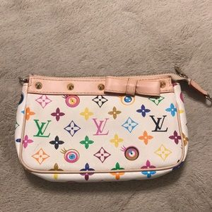 Handbags - Louie Clutch